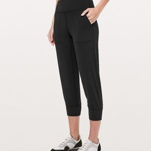 """Lululemon Align jogger crop 23"""" in black"""